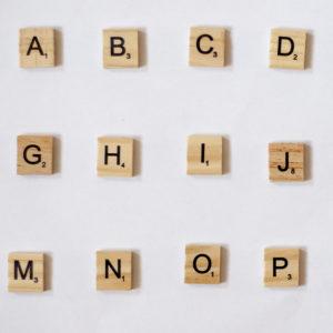 Houten Scrabble Letters