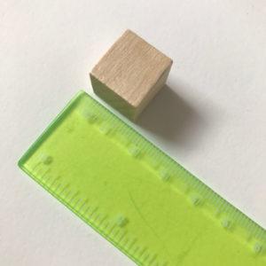 Vierkante houten blokjes (15mm)